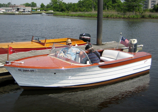 Used Barbour Silver Clipper Deluxe Antique and Classic Boat For Sale