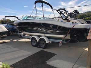 Used Sea Ray 220 Select Runabout Boat For Sale