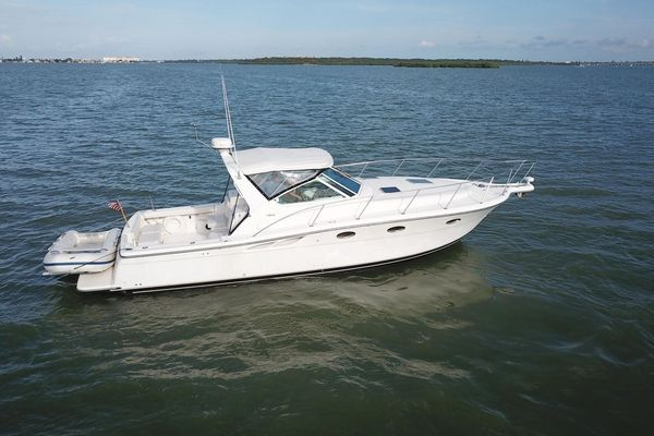 Used Tiara 3500 Open Sports Cruiser Boat For Sale