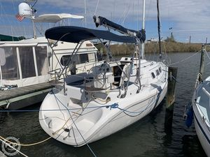 Used Hunter 290 Racer and Cruiser Sailboat For Sale