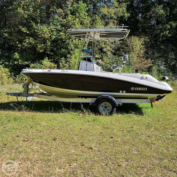 Used Yamaha 190 FSH Deluxe Center Console Fishing Boat For Sale