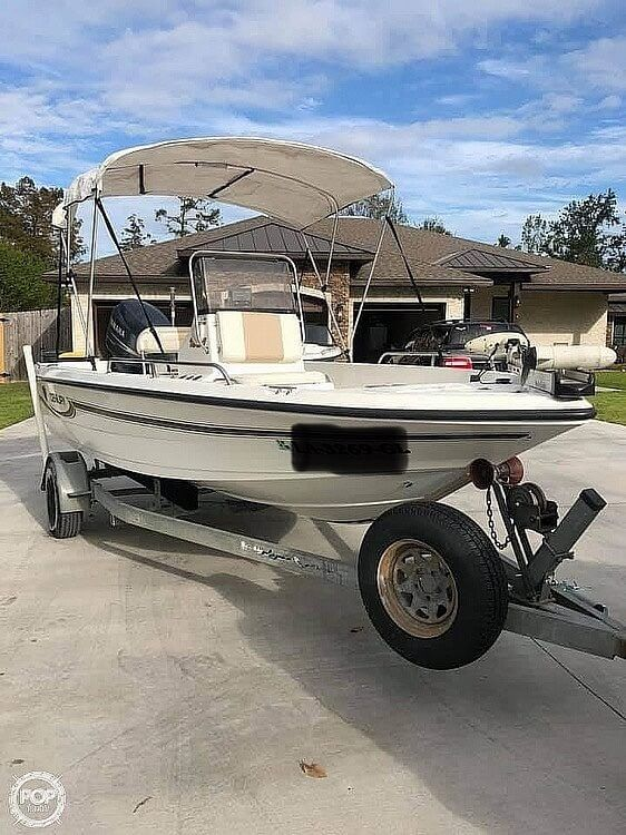 Used Century 1901 Bay Boat For Sale