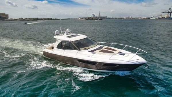 Used Intrepid Evolution Cruiser Boat For Sale