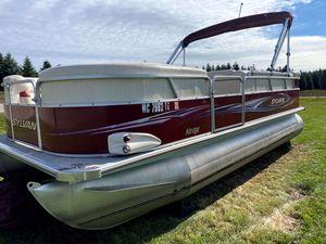 Used Sylvan 8520 Mirage Cruise Pontoon Boat For Sale