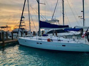 Used Beneteau Oceanis 411 Cruiser Sailboat For Sale