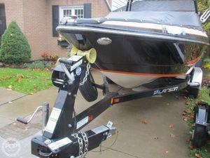 Used Larson LSR 2300 Bowrider Boat For Sale