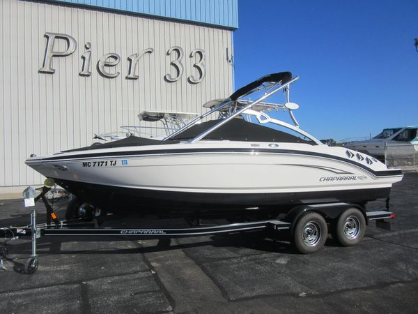 Used Chaparral 216 SSI Bowrider Boat For Sale