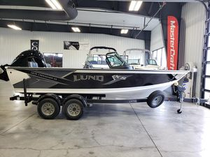 New Lund 1875 Crossover XS Freshwater Fishing Boat For Sale