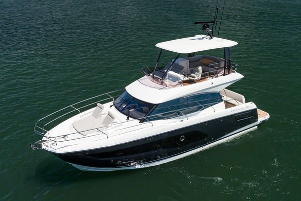 New Prestige 420 Fly Motor Yacht For Sale