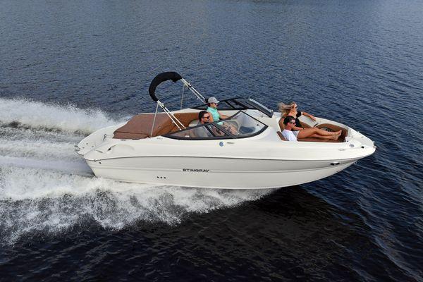 New Stingray 215LR Express Cruiser Boat For Sale