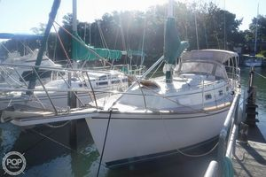 Used Island Packet 31 Racer and Cruiser Sailboat For Sale