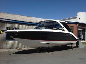New Sea Ray 310 SLX Express Cruiser Boat For Sale