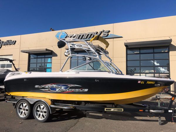 Used Air Nautique 220 TE Ski and Wakeboard Boat For Sale