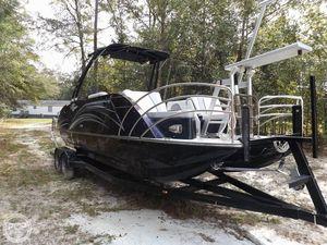 Used Caravelle 249LTD Razor Pontoon Boat For Sale