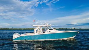 Used Pursuit 408 Center Console Fishing Boat For Sale