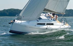 New Hanse 315 Cruiser Sailboat For Sale