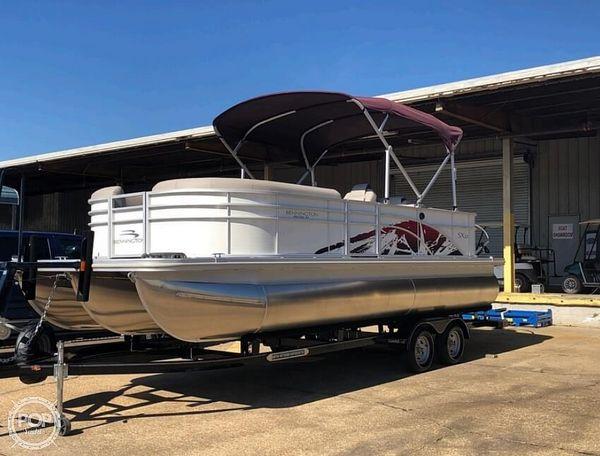 Used Bennington SX 22 Pontoon Boat For Sale