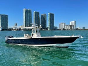Used Pursuit 340 Cc Saltwater Fishing Boat For Sale
