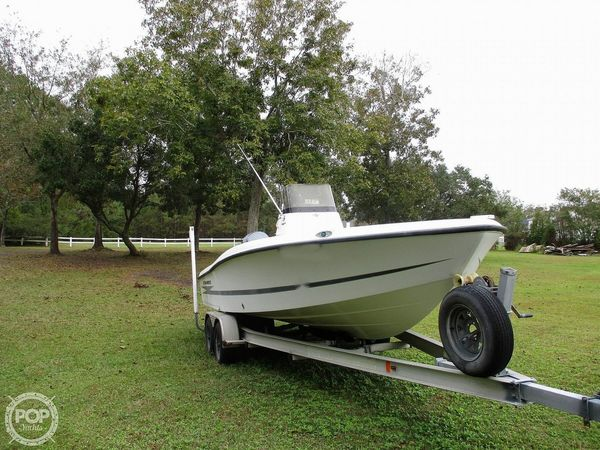 Used Hydra-Sports 23 Bay Bolt Center Console Fishing Boat For Sale