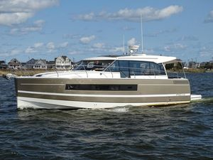 Used Jeanneau NC14 Express Cruiser Boat For Sale