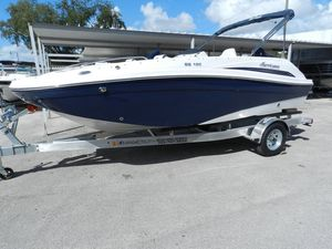 New Hurricane 192 Deck Boat For Sale