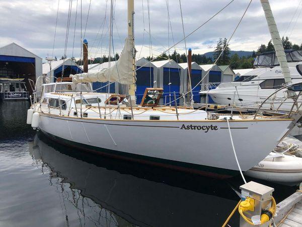 Used Custom Bill Garden Sloop Sailboat For Sale