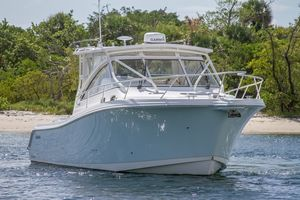 Used Edgewater 335 Express Cruiser Boat For Sale