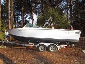Used Chris Craft 23 Lancer Oniter Antique and Classic Boat For Sale