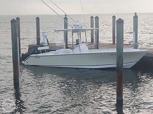 Used Seacraft SC25 Center Console Fishing Boat For Sale