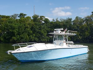 Used Seavee 340 IB CUDDY Center Console Fishing Boat For Sale