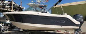 Used Robalo 227 DC Bowrider Boat For Sale