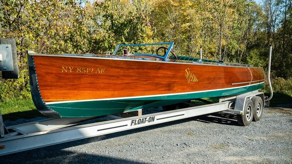 Used Antique Sea Lyon 35 Triple Antique and Classic Boat For Sale