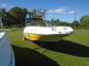 Used Starcraft Limited 2210 OB Deck Boat For Sale