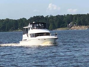 Used Carver 400 CPMY Motor Yacht For Sale