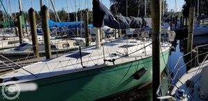 Used Marlow Hunter 33.5 SL Racer and Cruiser Sailboat For Sale