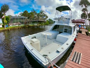 Used Bertram 31 Flybridge Cruise Commercial Boat For Sale