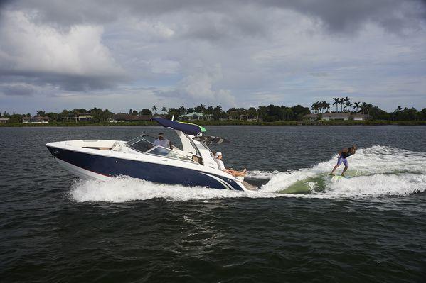 New Cobalt R7 Surf Bowrider Boat For Sale