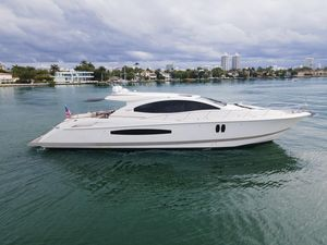 Used Lazzara Yachts LSX Motor Yacht For Sale
