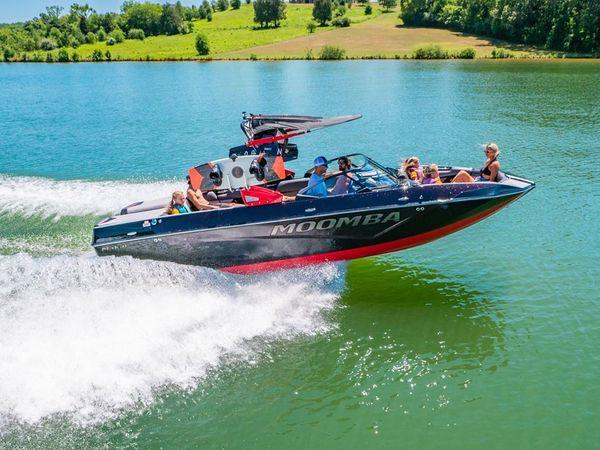 New Moomba Makai Moomba Ski and Wakeboard Boat For Sale