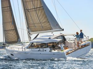 New Moody 41 Decksaloon Cruiser Sailboat For Sale