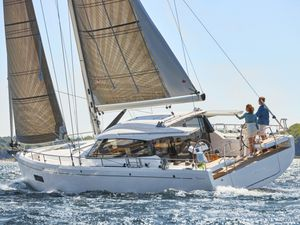 New Moody 41 Decksaloon Cruiser Sailboat For Sale