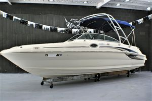 Used Sea Ray 240SD Bowrider Boat For Sale