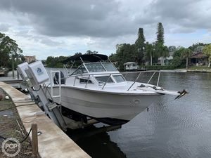 Used Hydra-Sports 2500WA Walkaround Fishing Boat For Sale