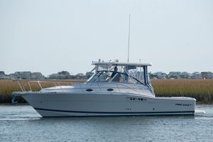 Used Pro-Line 33 Express Cruiser Boat For Sale