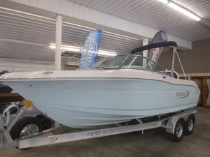 New Robalo R207 Dual Console Dual Console Boat For Sale