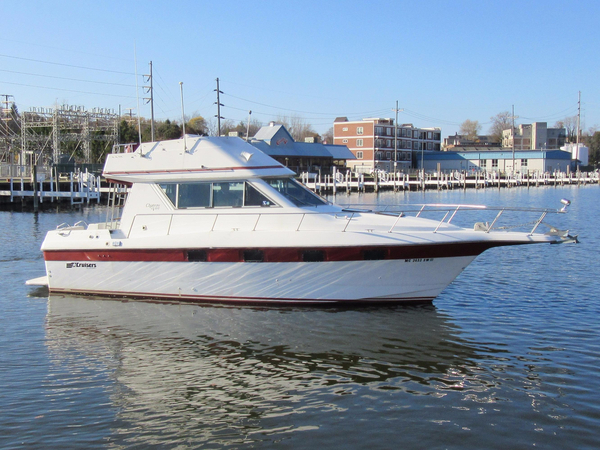 Used Cruisers 338 Chateau Vee Convertible Fishing Boat For Sale