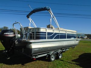 Used Crest II 230 Pontoon Boat For Sale