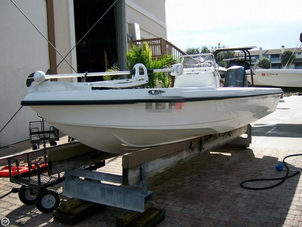 Used Action Craft 2002 Flats Fishing Boat For Sale