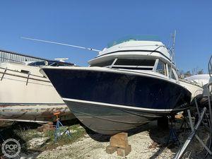 Used Bertram 28 Sedan Sport Fisherman Sports Fishing Boat For Sale