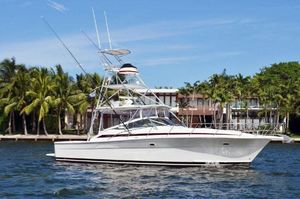 Used Riviera 4000 Express Cruiser Boat For Sale